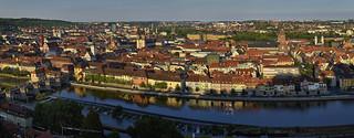 Über der alten Stadt am Main