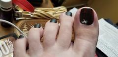 ManGlaze-Dark Gray with Art (OkieToes) Tags: male guy men man masculine nail nails toes toenail toenails toe foot feet pedicure pedi sandal sandals polish lacquer gloss finish shine glossy fun daring manglaze dark gray graymatte dkgray fuggenugly halloween nailart
