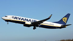 EI-DCP (AnDyMHoLdEn) Tags: ryanair 737 egcc airport manchester manchesterairport 23l