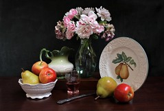 Form of Repetition (Esther Spektor - Thanks for 12+millions views..) Tags: stilllife naturemorte bodegon naturezamorta stilleben naturamorta composition creativephotography artisticphoto arrangement repetition tabletop bouquet fruit apple pear wine vase pitcher bowl plate decorative knife glass ceramics pattern reflection white red green pink yellow silver brown estherspektor canon