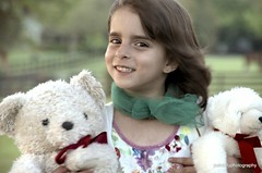 Teddies are a girls best friend 😍😍 (angelinavukel) Tags: angelinavukel pointofuphotography fence bookeh cutenessoverload portrait plush hugs teddybear