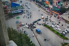 kreuzweise (wolf238) Tags: verkehr traffic ameisen hanoi moped kreuzung vorfahrt chaos