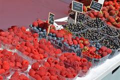 Berry my heart at Kauppatori market (JohntheFinn) Tags: helsinki finland suomi eurooppa europe tourism matkailu market tori salutorget kesä summer