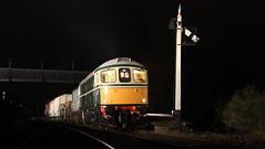 Through the night (Duck 1966) Tags: emrps swanwick mrb mrc crompton class33 nightime