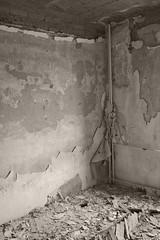 _MG_8343 (daniel.p.dezso) Tags: kiskunlacháza kiskunlacházi elhagyatott orosz szoviet laktanya abandoned russian soviet barrack urbex ruin wall