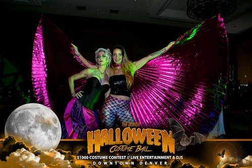 "Halloween Costume Ball 2017 • <a style=""font-size:0.8em;"" href=""http://www.flickr.com/photos/95348018@N07/38046688332/"" target=""_blank"">View on Flickr</a>"