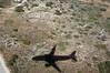 2017-10-24 016 Urlaub Kreta, Hinflug, Anflug auf Chania (Joachim_Hofmann) Tags: kreta schattenriss flugzeug