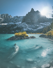 Half Frozen (ThibaultPoriel) Tags: italy italie travel mountain mountains outdoors outdoor adventure colors daylight color beautiful landscape nature wild roadtrip mood europe planet exploration explore discover atmosphere lake lac frozen ice winter freeze sun sky lago lagodisorapis sorapis