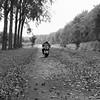 Een herfstig pad (Photographer Simon) Tags: herfst scooter bladeren bomen pad sloot zwijndrecht kijfhoek zuidholland nederland buiten onderweg