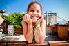 Dia das crianças - Alemão (B. Itan) Tags: olharcomplexo alemão americadosul aulasdefotografia brasil brunoitan complexodoalemão conjuntodefavelasdoalemão favela fotografos fotos fotógrafo gueto itan luz morro morrodoalemão periferia riodejaneiro