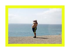 Fuerteventura_JP26774 (Jordane Prestrot) Tags: jordaneprestrot fuerteventura elcotillo touriste tourist turista jumelles binoculars binoculares ventre belly estómago jp26774 ♎