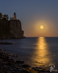 Moonlit Split Rock (TJ and Liz) Tags: split rock lighthouse two harbors minnesota north shore lake superior full moon harvest water patton photography