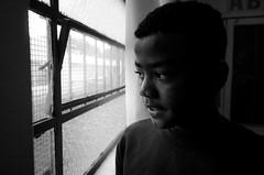 Foto- Arô Ribeiro -7452 (Arô Ribeiro) Tags: pb blackwhitephotos photography laphotographie brazil sãopaulo arôribeiro street art nikond7000 thebestofnikon nikon candidportrait portrait fineart