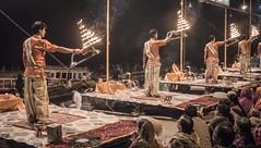 Varanasi - Ghats - Ganga Aarti prayer-7