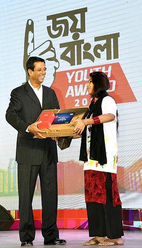 21-10-17-PM ICT Advisor Sajeeb Wazed Joy_Joy Bangla Youth Award-2