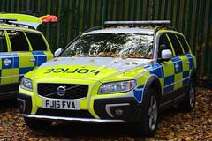 FJ16 FVA (S11 AUN) Tags: nottinghamshire notts police volvo xc70 d5 awd 4x4 anpr traffic car rpu roads policing unit arv armed response 999 emergency vehicle emopss eastmidlandsoperationalsupportservices fj16fva