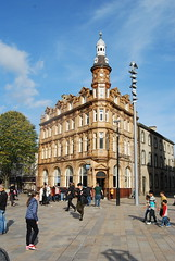 Hull architecture (Halliwell_Michael ## sorry very slow at the moment) Tags: hull eastyorkshire nikond40x 2017 autumn city cities architecture buildings tree cityscapes people