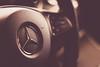 A la izquierda o a la derecha (Ed Visoso) Tags: edvisoso 50mm volante steeringwheel mercedesbenz