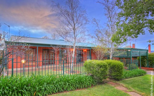 2A Turner Street, Turvey Park NSW 2650