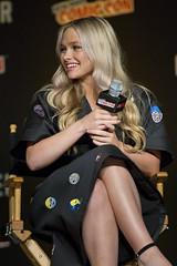 Natalie Alyn Lind (TheGeekLens) Tags: nycc newyorkcomiccon newyork comiccon 2017 panel con convention thegifted xmen marvel fox foxtv nataliealynlind