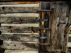 Weathered Wood Door (Photographybyjw) Tags: weathered wood door this is an old log cabin original from 1800s found pioneer park north carolina photographybyjw rural country worn aged texture usa