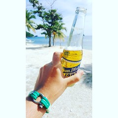 Cheers to the beautiful days spent by the sea, enjoying the wonders of nature ⚓⛵  www.branmarion.com  #cantabria #bisuteria #style #marthasvineyard #armband #bracciale #cuerda #playa #sailing #new #inoxidable #tiendavirtual #bisuteriahechaaman (Bran Marion) Tags: brazalete bracelets cuerda beach style brazaletesmasculinos marthasvineyard kayaking caballero bisuteriahechaamano tiendavirtual sailing new trendy urbeaccesorios cantabria bracciale nantucket man marcavenezolana modamasculina armband tendencia inoxidable 2017 capecod playa bisuteria hombre