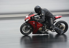 Straightliners_7301 (Fast an' Bulbous) Tags: bike biker moto motorcycle drag strip race track fast speed acceleration motorsport dragbike nikon panning d7100 gimp outdoor