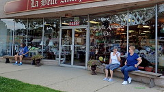 Antique Bench Sitters (FrogLuv) Tags: candid streetphotography harpercruise classiccars trikes 2017shorewoodkiwanisharpercharitycruise stclairshoresmichigan bench