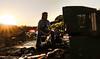 camino de basura__2 (f_glasinovic) Tags: garbage basura sunset boy