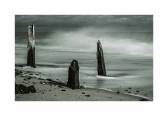 Incoming tide (Sue1585) Tags: beach coast ocean sea tide wave wood cold suffolk post decayed