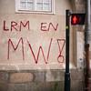 "#Manif10octobre #Nantes #GameOfTags: ""LRM EN MW !"" (ValK.) Tags: gameoftags loitravailxxl pjlterrorisme loitravail cabanedupeuple etatdurgencepermanant maisondupeuple nantes politique valk demonstration fonctionpublique graff graffiti greve intersyndicale manifestationunitaire social tag france fr"