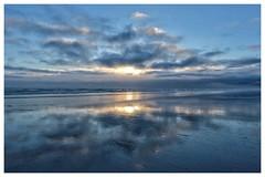 Sunset at Tréguennec, part 5 (spotfer) Tags: beach tréguennec bretagne potfersebastien landscape nature fujifilm fujix contrast frame sunset