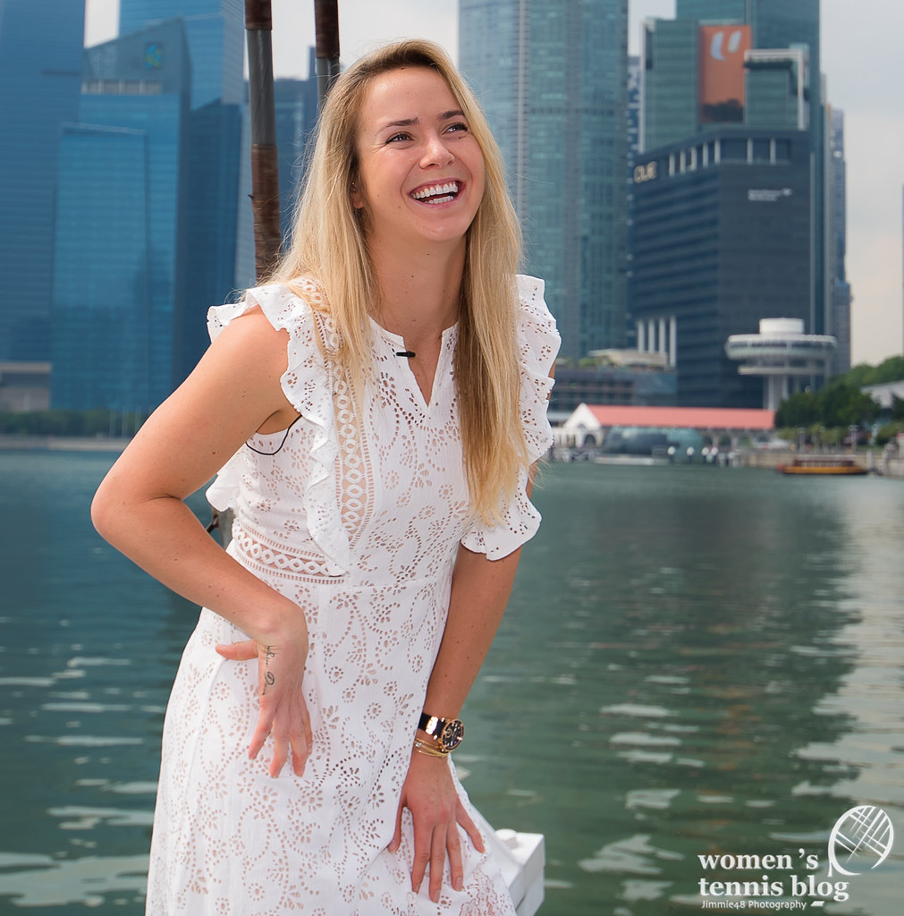 Elina Svitolina Roams Singapore For Wta Finals Photoshoot -4336