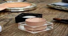 5 Most Common Make Up Mistakes (First Health Fitness) Tags: applyblush lidsofyoureyes makesthemlook meltingmakeup skintone