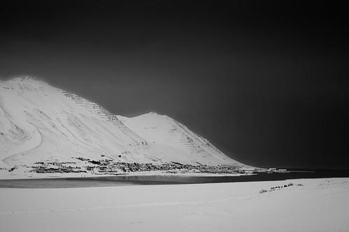 "Siglufjörður • <a style=""font-size:0.8em;"" href=""http://www.flickr.com/photos/22350928@N02/37426583511/"" target=""_blank"">View on Flickr</a>"