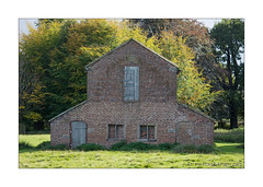 Deer Barn, Dunham Massey (prendergasttony) Tags: barn old nikon d7200 outdoors lancashire uk ƒ45 980 mm 1800 iso400 deer dunhammassey dunham massey altrincham national trust country park outbuildings building renovation rebuild grand designs outdoor photo border architecture heritage autumn leaves trees shack listed