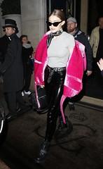 Gigi Hadid in vinyl pants (Vinyl Beauties) Tags: gigi hadid vinyl pvc plastic pants fashion beauty style model celebrity celebrities polyvinylchloride thermoplastic sexy schönheit mode lack plastik hose lackhose