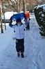 The Kids Going Sledding (Joe Shlabotnik) Tags: snow sleds sledding violet foresthills 2017 winter queens january2017 everett foresthillsgardens afsdxvrzoomnikkor18105mmf3556ged