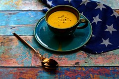 Red kuri squash and carrot soup II (Fidi987) Tags: foodphotography foodfotografie food foodstill redkurisquash carrot carrots stilllife stillleben soup suppe garlic autumn fall herbst