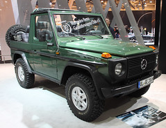 280GE (Schwanzus_Longus) Tags: techno classica essen german germany old classic vintage car vehicle suv sport utility 4x4 awd 4wd offroad offroader mercedes benz 280ge