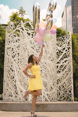 Jenniffer (j.raziiel) Tags: woman model mujer cumpleaños colors color 30 portrait street sesion globos pastel amarillo fashion