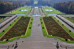 The Garden of Castle Vaux Le Vicomte (Le Jardin de Château de Vaux Le Vicomte), France (natureloving) Tags: gardenofcastlevauxlevicomte jardindechâteaudevauxlevicomte paris france perspective nature natureloving nikon d90 nikonafsdxnikkor18300mmf3563gedvr