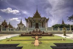 The Royal Palace #1 (ur.bes) Tags: cambodge cambodia canon phnompenh 2017 600 600d eos palais palaisroyal penh phnom royal palace royalpalace hdr high dynamic range