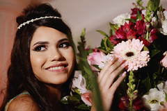 Camila (15 Anos) (TheJennire) Tags: photography fotografia foto photo canon camera camara colours colores cores light luz young tumblr indie teen 15anos happybirthday birthday people portrait 50mm flowers party makeup eyes smile happy 2017