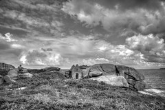 ploumanach, Bretagne (patrick Thiaudiere, thanks for 1,25 million views) Tags: rocher granite granit clouds cloud sly ciel ruine sea mer