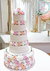 4 Tier Roses Wedding Cake