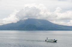DSC_0961_LR (CharlieBro) Tags: 2017 centroamerica guatemala lagoatitlán panajachel volcán acqua lake vulcano water