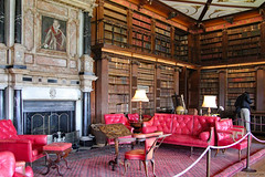 The Library (Canadian Pacific) Tags: hatfield house manor stately home hertfordshire england english great britain british uk unitedkingdom building jacobean architecture al9 interior inside 17th c 1600s 2016aimg1724 library book books bookcase antique antiques collection