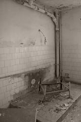 _MG_8348 (daniel.p.dezso) Tags: kiskunlacháza kiskunlacházi elhagyatott orosz szoviet laktanya abandoned russian soviet barrack urbex ruin military base militarybase