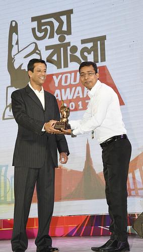 21-10-17-PM ICT Advisor Sajeeb Wazed Joy_Joy Bangla Youth Award-39